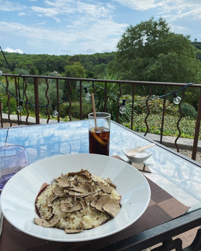 🌴Bon apétit🌴 • #manoir #provence #cotedazur #nice #hotel #restaurant