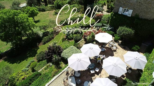 Êtes-vous aussi impatients que nous de retrouver la terrasse du Manoir de l'Etang pour y savourer un bon repas...? En attendant la réouverture de notre restaurant, l'hôtel vous accueille et se fera un plaisir de vous faire livrer vos repas selon vos envies ! Réservations & informations par mail ➡️ manoir.etang@wanadoo.fr / Rdv sur notre site ➡️ www.manoir-de-letang.com . . . . . #manoirdeletang #manoirdeletangmougins #hotel #luxuryhotel #boutiquehotel  #restaurant #holiday #vacation #mougins #france #cotedazur #frenchriviera #southoffrance #luxury #restaurant #frenchrestaurant #restaurantmougins #food #instafood #foodporn #traveltheworld #travel #travelblog #travelgram #tourism #hotellife #photography #hotelphotography #manor #chill #terrace
