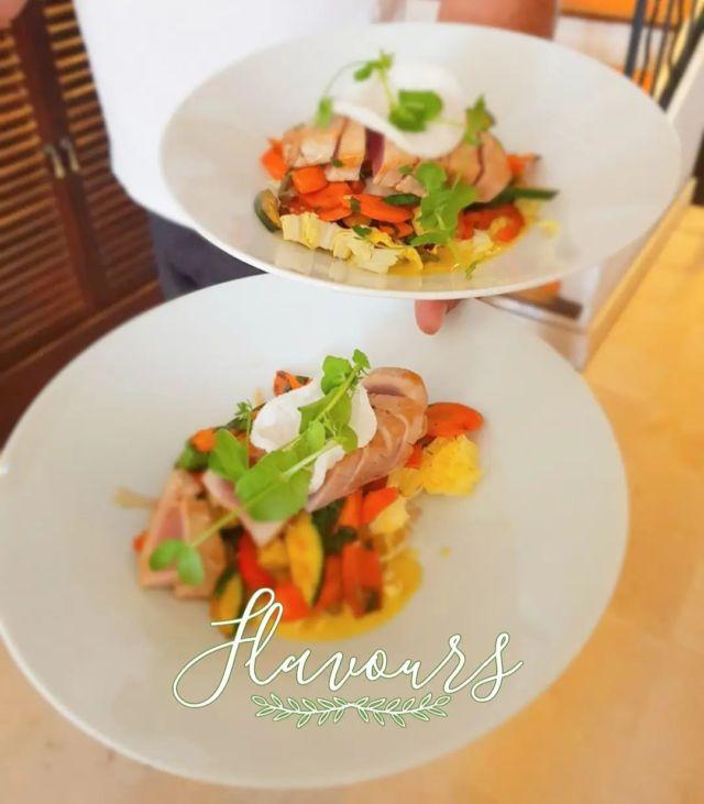 Notre Restaurant vous accueille du jeudi au lundi, midi & soir. Venez découvrir ou redécouvrir les saveurs de notre carte, on vous promet un moment DÉ-LI-CIEUX ! 😋   »» ʀésᴇʀᴠᴀᴛɪᴏɴs & ɪɴғᴏʀᴍᴀᴛɪᴏɴs ᅳᅳ► 0492283600 ᴏᴜ ᴍᴀɴᴏɪʀ.ᴇᴛᴀɴɢ@ᴡᴀɴᴀᴅᴏᴏ.ғʀ »» ʀᴅᴠ sᴜʀ ɴᴏᴛʀᴇ sɪᴛᴇ ᅳᅳ► ᴡᴡᴡ.ᴍᴀɴᴏɪʀ-ᴅᴇ-ʟᴇᴛᴀɴɢ.ᴄᴏᴍ . . . . . #manoirdeletang #ManoirdeletangMougins #hotel #luxuryhotel #boutiquehotel  #visitcotedazur #holiday #vacation #mougins #france #cotedazur #frenchriviera #southoffrance #cotedazurnow #frenchrestaurant #hiphotels #restaurantmougins #hotelenfrance #hotelsuddelafrance #hotelcotedazur #suddelafrance #explorefrance #cotedazurfrance #costaazzura #hotelphotography #chill #escapade #weekend #condenasttraveller #mouginstourisme @villedemougins @mouginspourvous @mouginstourisme
