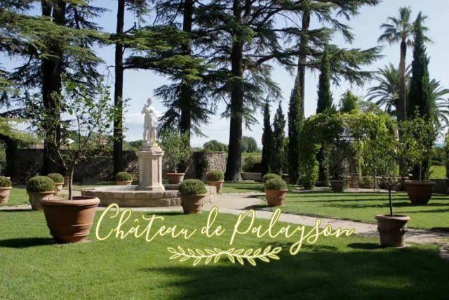 Au milieu des vignes, avec une vue imprenable sur le Rocher de Roquebrune-sur-Argens, faites une halte au Château de Palayson, merveilleux domaine viticole 🍇 Tout comme nous, vous serez chaleureusement accueillis pour une agréable visite et une dégustation de vin🍷 Un immense merci à Christine @chateaupalayson , Propriétaire des lieux, pour son accueil, sa gentillesse et son professionnalisme ✨  »» ʀésᴇʀᴠᴀᴛɪᴏɴs & ɪɴғᴏʀᴍᴀᴛɪᴏɴs ᅳᅳ► 0492283600 ᴏᴜ ᴍᴀɴᴏɪʀ.ᴇᴛᴀɴɢ@ᴡᴀɴᴀᴅᴏᴏ.ғʀ »» ʀᴅᴠ sᴜʀ ɴᴏᴛʀᴇ sɪᴛᴇ ᅳᅳ► ᴡᴡᴡ.ᴍᴀɴᴏɪʀ-ᴅᴇ-ʟᴇᴛᴀɴɢ.ᴄᴏᴍ . . . . . #manoirdeletang #ManoirdeletangMougins #hotel #luxuryhotel #boutiquehotel  #visitcotedazur #holiday #vacation #mougins #france #cotedazur #frenchriviera #southoffrance #cotedazurnow #frenchrestaurant #hiphotels #restaurantmougins #hotelenfrance #hotelsuddelafrance #hotelcotedazur #suddelafrance #explorefrance #cotedazurfrance #costaazzura #hotelphotography #chill #escapade #weekend #chateaudepalayson #mouginstourisme @villedemougins @mouginspourvous @mouginstourisme